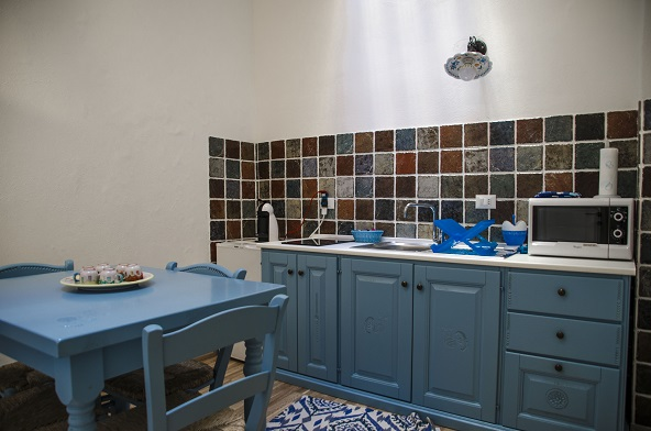 Sedie Blu Cucina : Appartamento blu